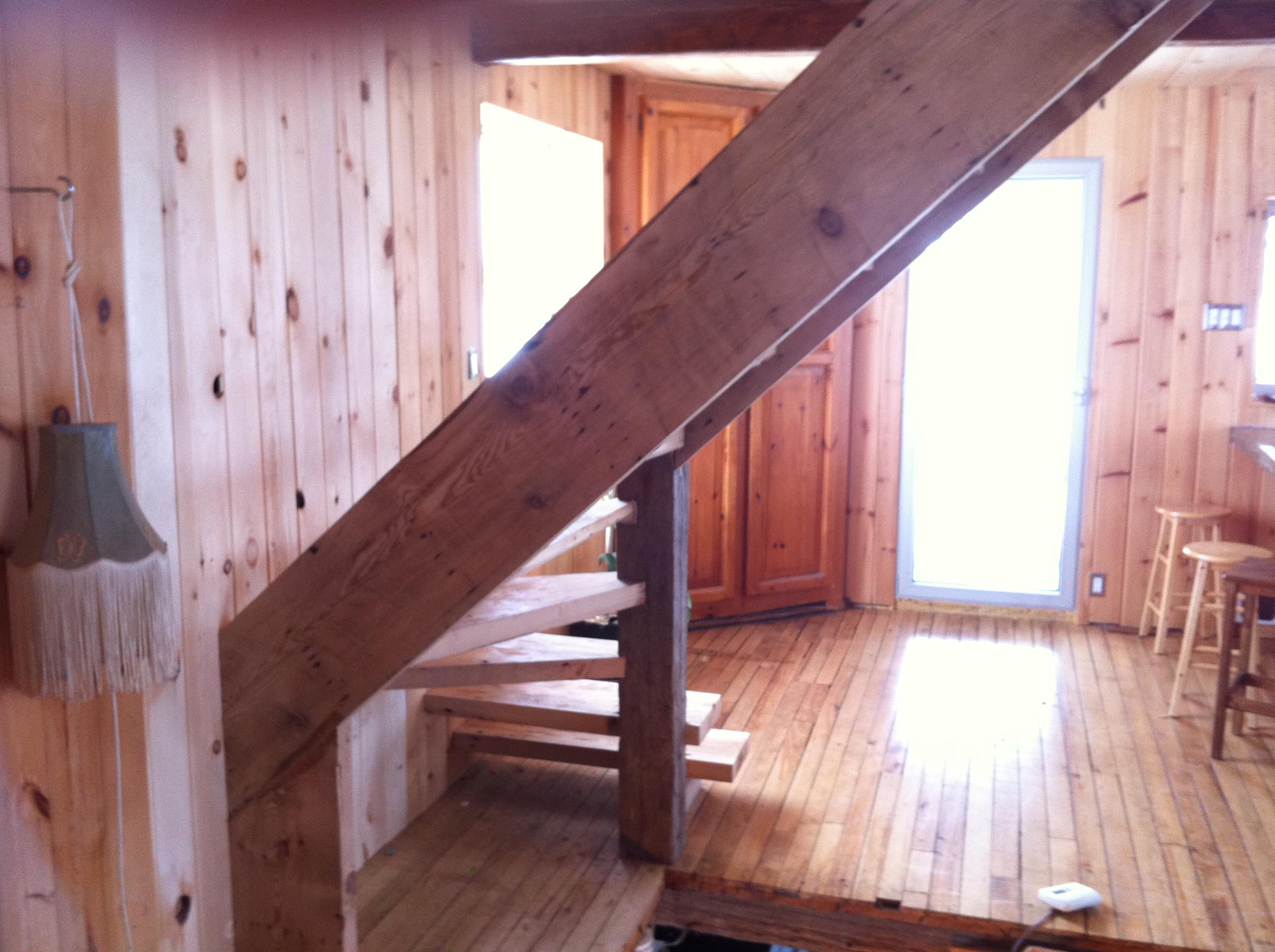 Escalier - bois de grange